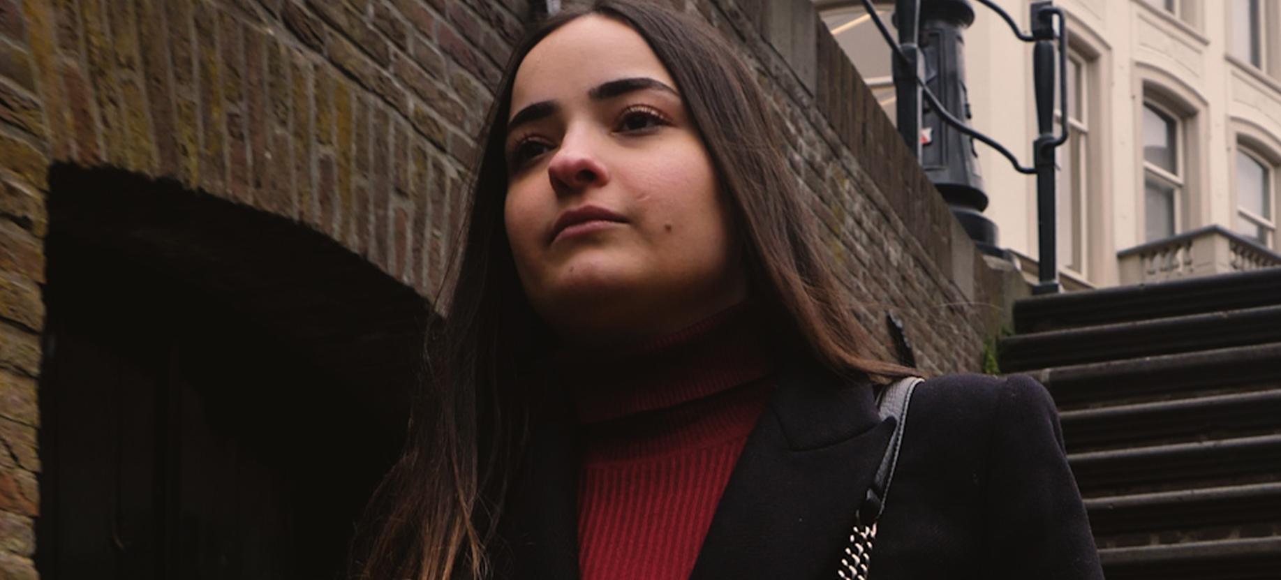 Filiz (19) maakt kleding van afval