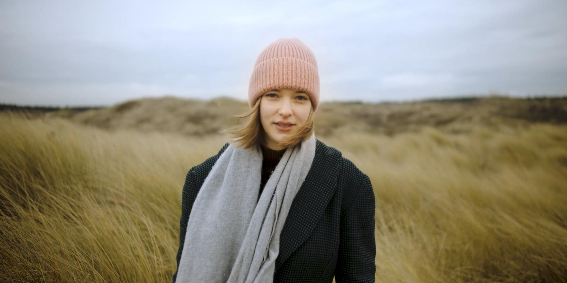 Marije (22) verloor haar moeder en maakt nu een film over rouw