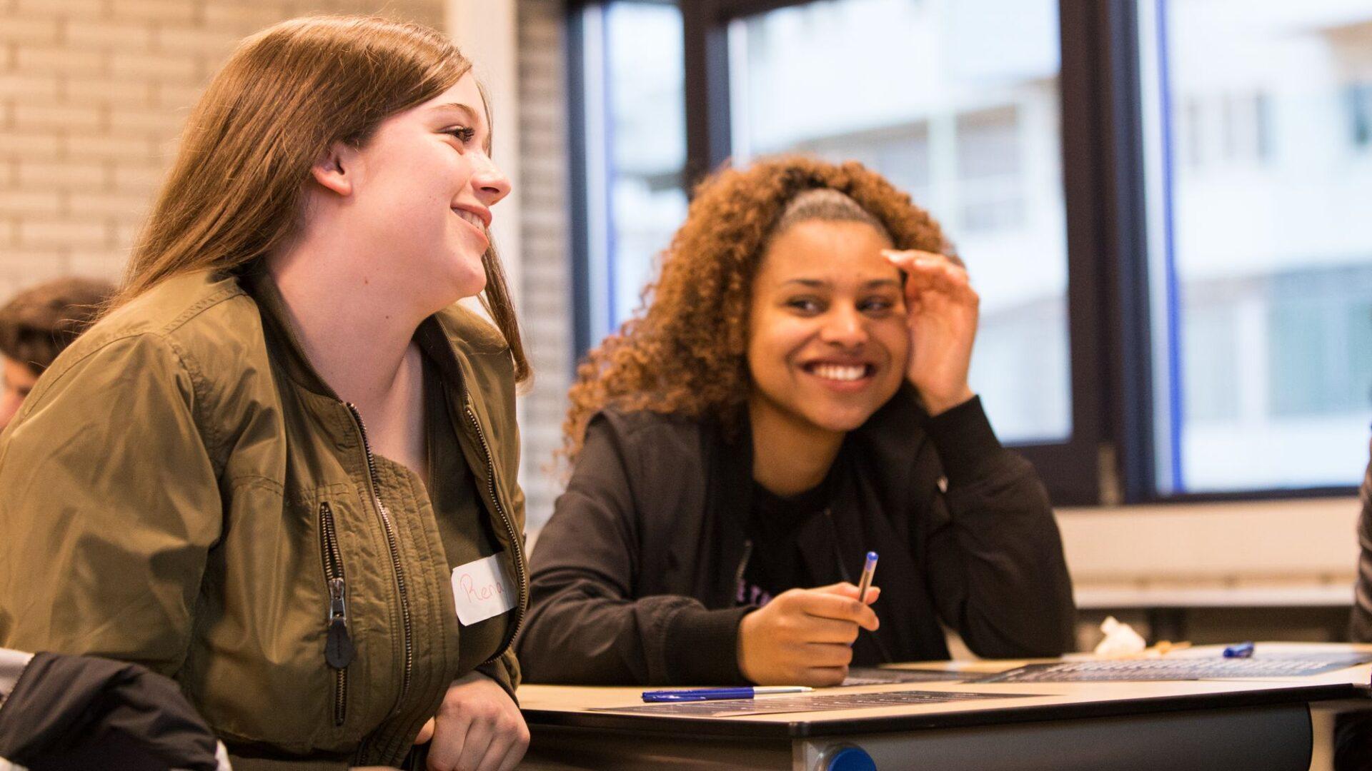 Young Impact en FutureNL bieden gratis lessen aan tegen eenzaamheid